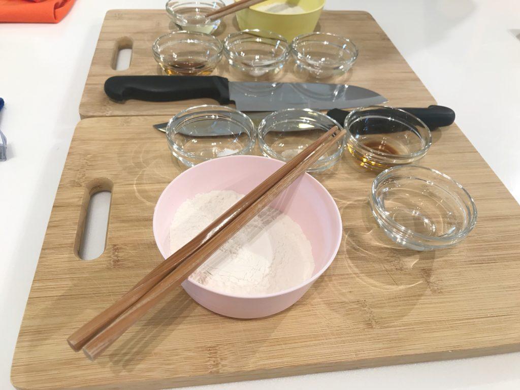 台北で日本語通訳付きの料理教室のブログ〜小籠包作り〜