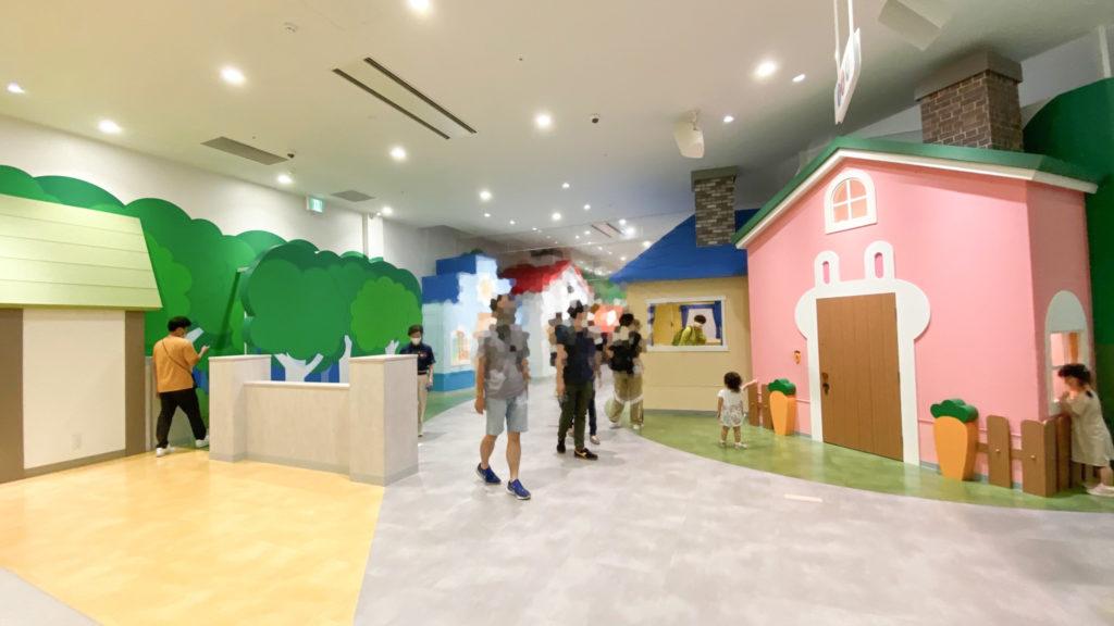 アンパンマンミュージアム横浜2階、遊び場の混雑具合。 コロナのおかげで空いている